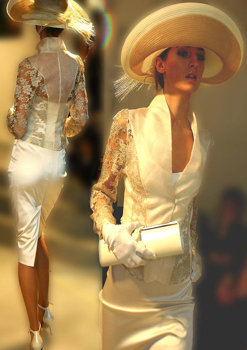 Bridal jacket with lace sleeves