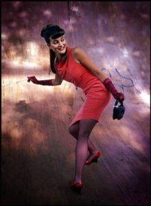 Elvira asymmetric short dress in red