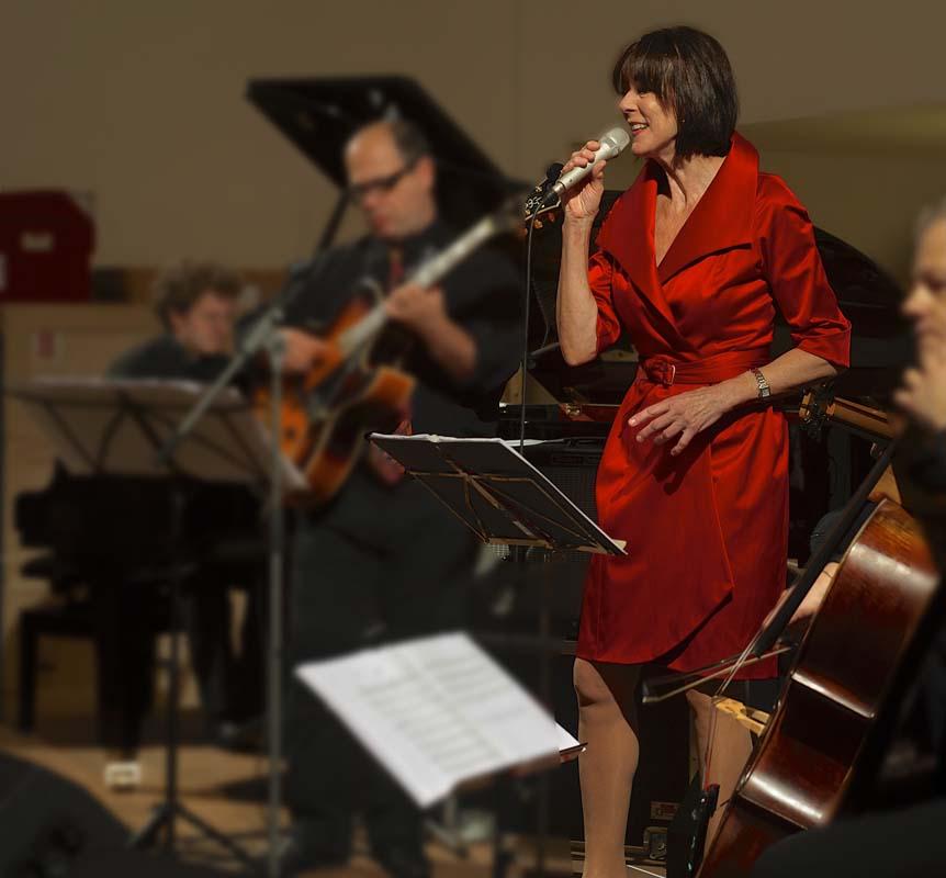 Robemanteau, Josee Koning, op tour in Zwitserland